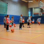 Einführung ins Dribbling - Sparkasse Harburg-Buxtehude Basketballtag
