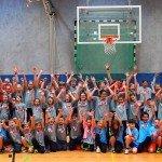 Gruppenbild - Jubel - Sparkasse Harburg-Buxtehude Basketballtag